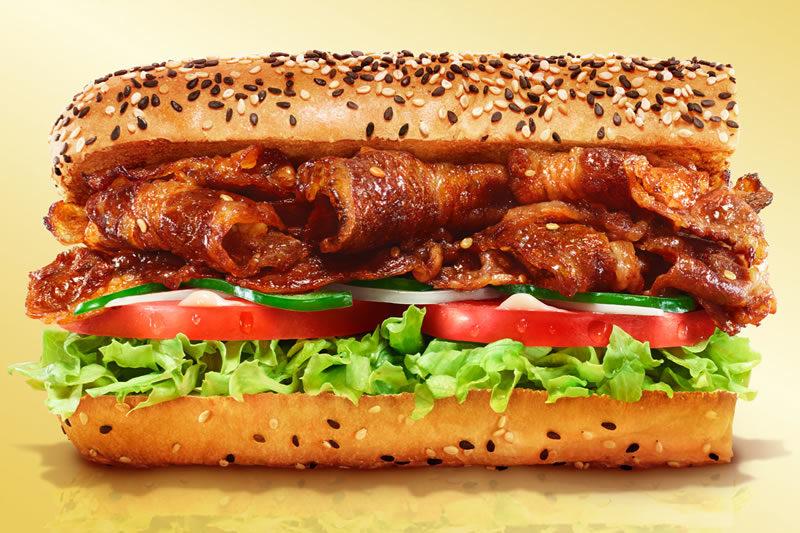サブウェイ 炭火焼きカルビ牛 サンドイッチ