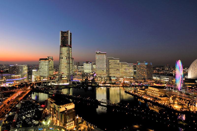 横浜タワーズミライト TOWERS Milight