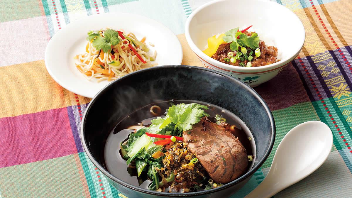 台南担仔麺「牛肉麺セット」