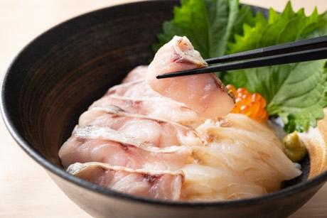 ノドグロとヒラメの炙り丼