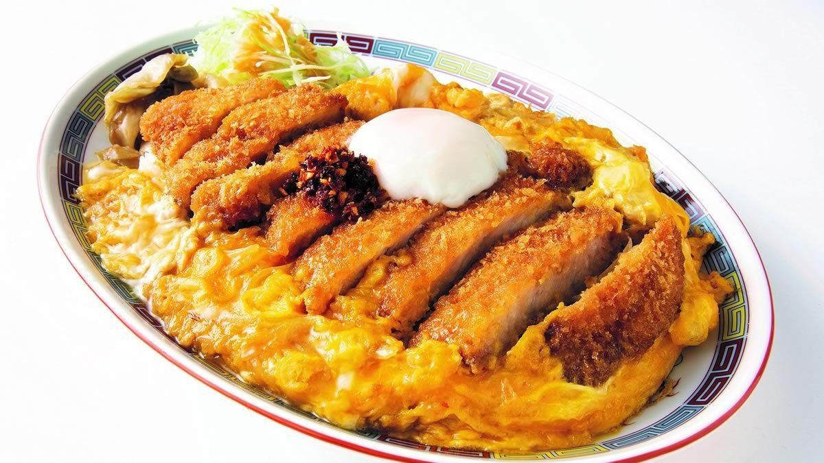 大阪王将 情熱追い玉カツ丼