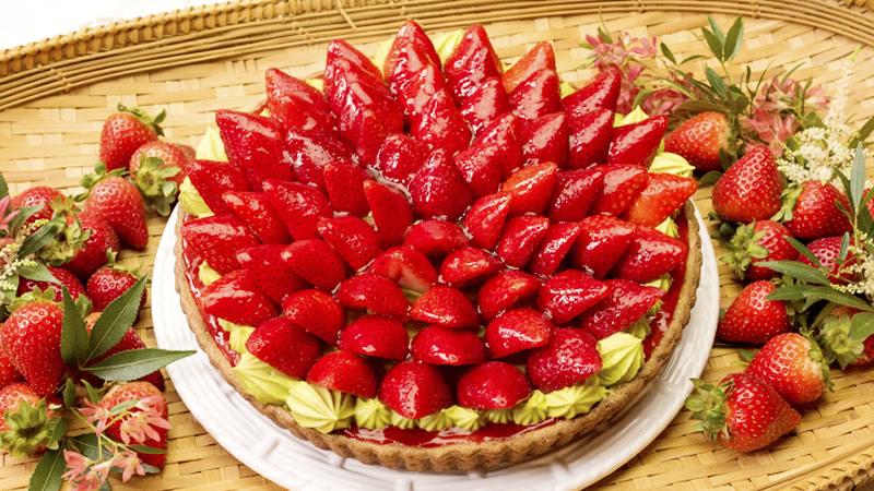 キルフェボン イチゴと抹茶黒豆のタルト