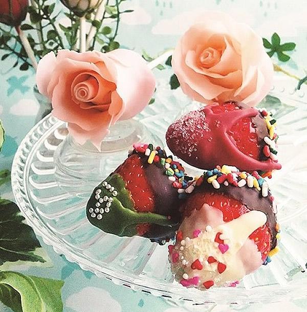 ミホパン ポップケーキ☆ イチゴのロリポップ