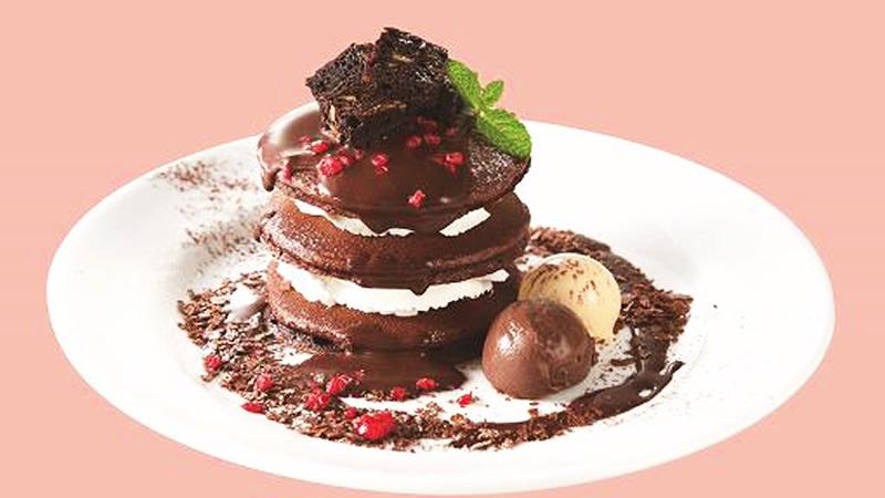 デニーズ ゴディバ チョコレートパンケーキ