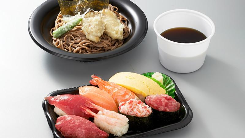 お寿司盛り合わせと牡蠣天そばセット